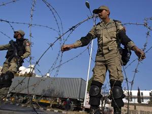 Pakistan'da militanlara operasyon