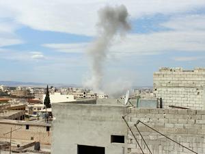 İdlib'te bombalı hava saldırısı: 10 ölü