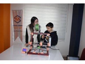 Online ders ile 3D yazıcı ürettiler