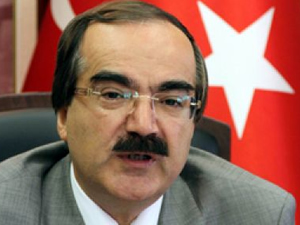 Vatandaşa küfreden Adana Valisi'ne ceza yok!