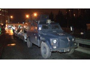 HDP Esenyurt ilçe binasına gece yarısı operasyonu
