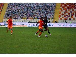 Süper Lig: Yeni Malatyaspor: 0 - Galatasaray: 0 (Maç devam ediyor)