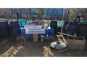 Gaziantep'te jandarma 506 litre kaçak alkol ele geçirdi