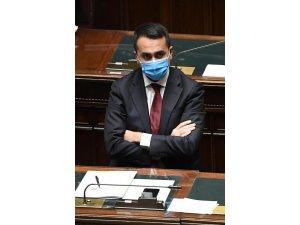 """İtalya Dışişleri Bakanı Di Maio: """"Çoğunluk bulamazsak sandığa sürükleniriz"""""""