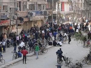 Suriyeli muhalifler Humus'tan çıkıyor