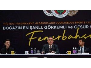 """Fenerbahçe Başkanı Ali Koç: """"Dünya futbolunun son 10 yılına damga vurmuş Mesut Özil, Fenerbahçe'sine kavuştu."""""""