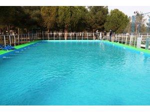 Akçakale yeni yüzme havuzuna kavuştu