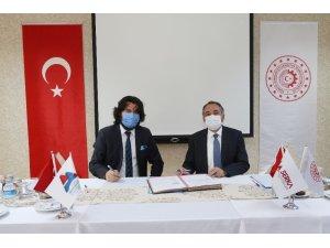 AİÇÜ Rektörü Prof. Dr. Karabulut ile SERKA Genel Sekreteri Dr. Taşdemir protokol imzaladı