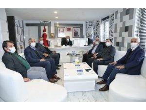 İl genel meclisi üyelerinden Başkan Kılınç'a ziyaret