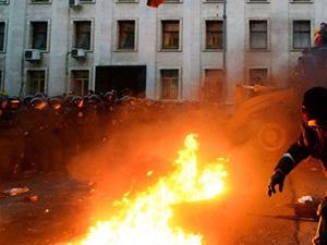 Ukrayna'da iki şehir daha elden gidiyor