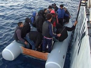 Ege Denizi'nde 109 kaçak kurtarıldı