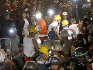 Maden ocağında daha kaç kişi var?