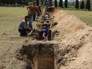Cenazeler toprağa verilmeye başlandı