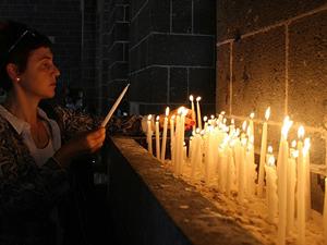 Ermeni kiliselerinde madenciler için dua edilicek