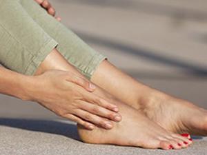 Ayaklarınız terliyor mu?