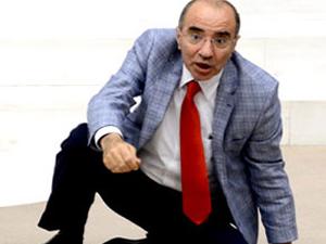 Chp Milletvekili Mevlüt Aslanoğlu hayatını kaybetti
