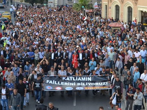 İzmir'deki Soma gösterisinde gözaltı