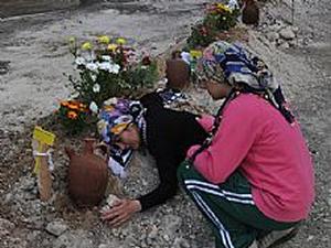 Bankalar Soma'da ölen madencilerin borçlarını silmiyor!