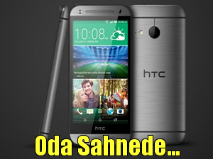 HTC One Mini 2 sahnede