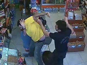 Esnafı döven polis açığa alındı