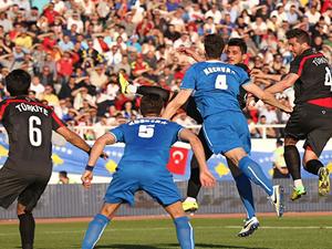 Türkiye ile Kosova arasındaki maçı dostluk kazandı