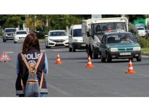 Bayburt'ta trafiğe kayıtlı araç sayısı Ocak ayı sonu itibarıyla 15 bin 843 oldu