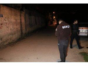 Adana'da silahlı saldırıya uğrayan bekçi yaralandı