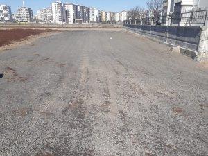 Bağlar'da yeni yapıların olduğu bölgelere 16 kilometrelik yol yapıldı
