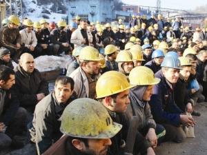 Kamuda çalışan 750 bin taşeron işçiye müjde çıkmadı