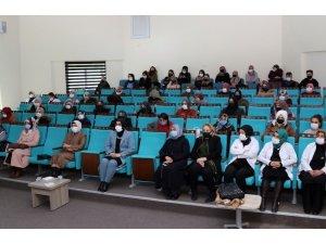 Van'da 'Gönülden Gönüle Dost Sohbetleri'ne yoğun ilgi