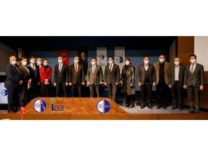 """İşkur'un """"istihdam garantili"""" kursları işsizliğe çare oluyor"""