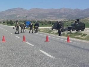 Diyarbakır-Bingöl karayolu trafiğe kapandı