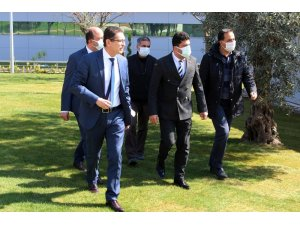 ADÜ Rektörü Aldemir, Yeni Nesil Hastane Kompleksi'nde incelemelerde bulundu