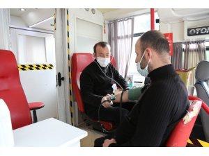 Serdivan'dan kan bağış kampanyasına destek