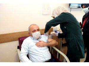 Çankırı Belediye Başkanı Covid-19 aşısı oldu