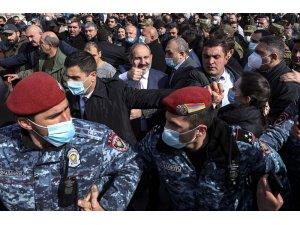 Ermenistan Savunma Bakanlığından darbe karşıtı açıklama