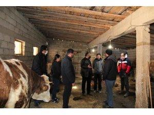 Hayvan yetiştiricileri ve süt üreticilerine destek amaçlı ziyaret