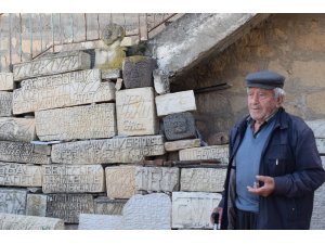80 yıldır taşlara şekil veriyor