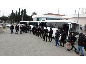 60 kişinin gözaltına alındığı suç örgütü operasyonunda polis müdürü ve borsa başkanı da var