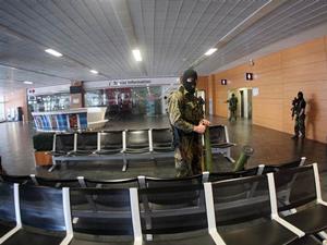 Ukrayna havaalanına havadan operasyon yapıldı