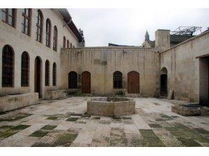 Kilis'te 63 yıldır kapalı olan sinagog 2 milyon TL'ye restore edildi