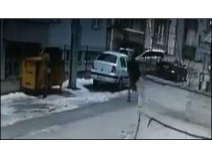 Sokak ortasındaki kanlı infazın güvenlik kamerası görüntüleri çıktı