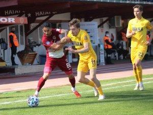 Süper Lig: A.Hatayspor: 1 - MKE Ankaragücü: 1 (İlk yarı)