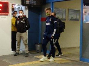 Fenerbahçe, Trabzon'a geniş güvenlik önlemleri altında geldi