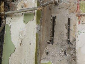 Binalar boşalınca acı gerçek ortaya çıktı