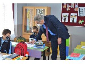 Milli Eğitim Müdürü Yiğit'ten köy okullarına ziyaret