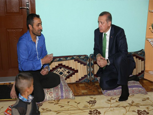 Erdoğan, kendisini evine çağıran vatandaşı kıramadı