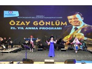 Özay Gönlüm düzenlenen online konser ile anıldı