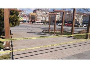 Mutant virüsün yoğun olduğu ilçede parklar kapatıldı