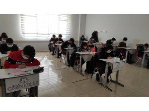 Öğrenciler Çözüme Giriş Sınavına yoğun ilgi gösterdi